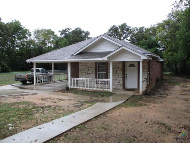 945 S Lyons Ave, Tyler, TX 75701 (MLS #10101045) :: The Wampler Wolf Team