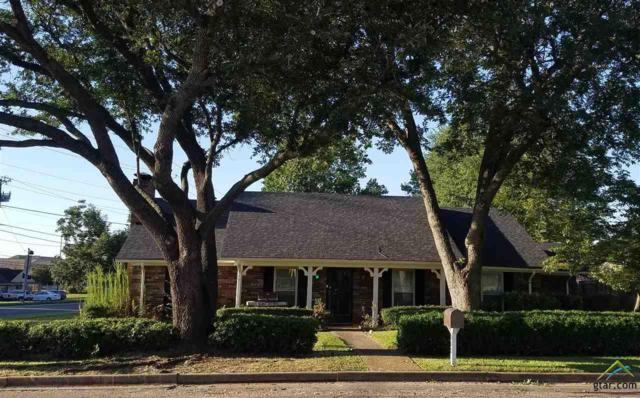 302 Carriage Drive, Tyler, TX 75703 (MLS #10101090) :: The Wampler Wolf Team