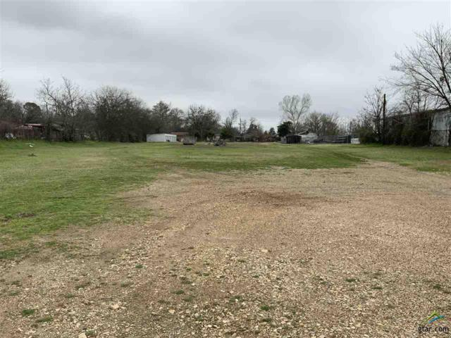 1323 W Ferguson Rd, Mt Pleasant, TX 75455 (MLS #10105293) :: RE/MAX Professionals - The Burks Team