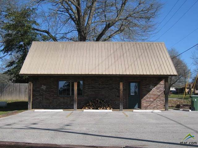 359 E Pine Street, Frankston, TX 75763 (MLS #10119432) :: RE/MAX Professionals - The Burks Team