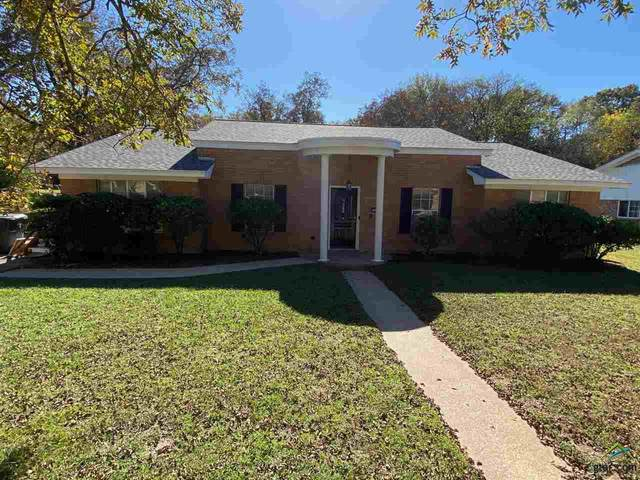 2816 Shaffer Ln, Tyler, TX 75702 (MLS #10129620) :: Griffin Real Estate Group