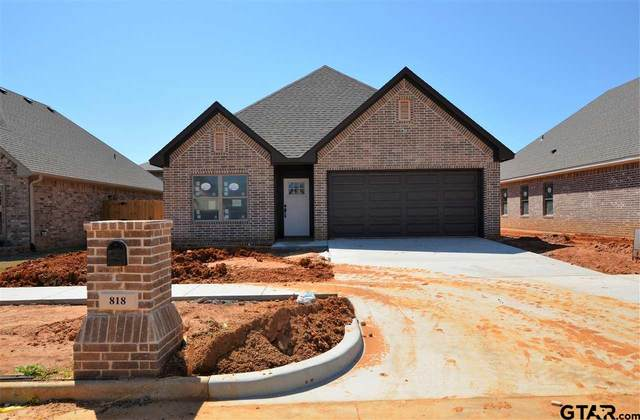 818 Lindsey Lane, Whitehouse, TX 75791 (MLS #10132781) :: RE/MAX Professionals - The Burks Team