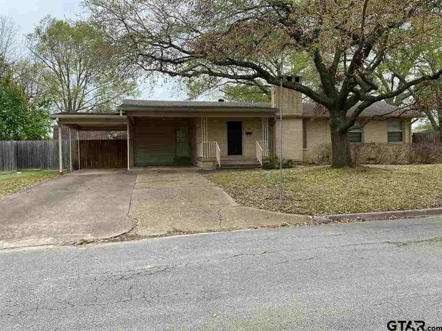 709 Elaine, Henderson, TX 75654 (MLS #10132893) :: The Edwards Team Realtors