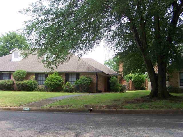 5702 Foxcroft Rd, Tyler, TX 75703 (MLS #10133194) :: RE/MAX Professionals - The Burks Team