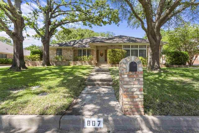 807 Woodland Hills Dr., Tyler, TX 75701 (MLS #10135555) :: RE/MAX Professionals - The Burks Team