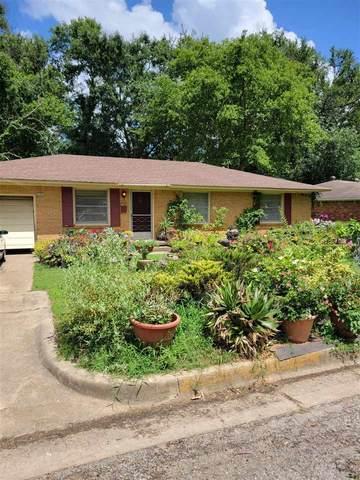 2100 Glenbrook, Tyler, TX 75701 (MLS #10137496) :: Wood Real Estate Group