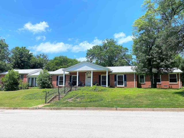 2002 Willowbrook, Tyler, TX 75701 (MLS #10138384) :: Wood Real Estate Group