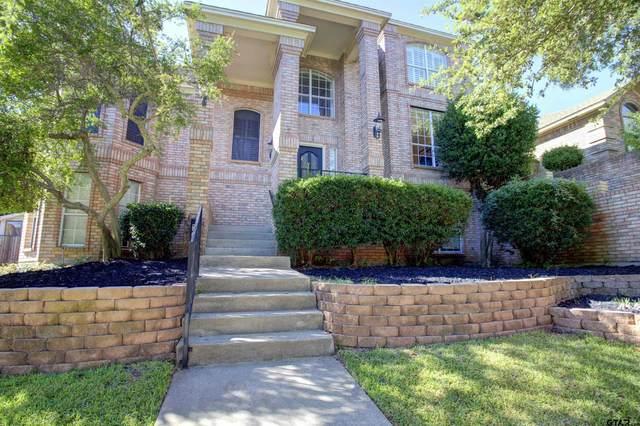 5306 Hidden Trails Dr, Arlington, TX 76017 (MLS #10140706) :: RE/MAX Professionals - The Burks Team