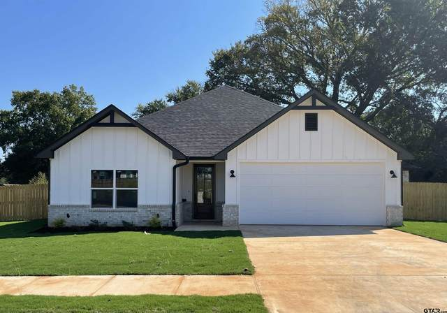 807 Jack Brown, Whitehouse, TX 75791 (MLS #10141566) :: Dee Martin Realty Group