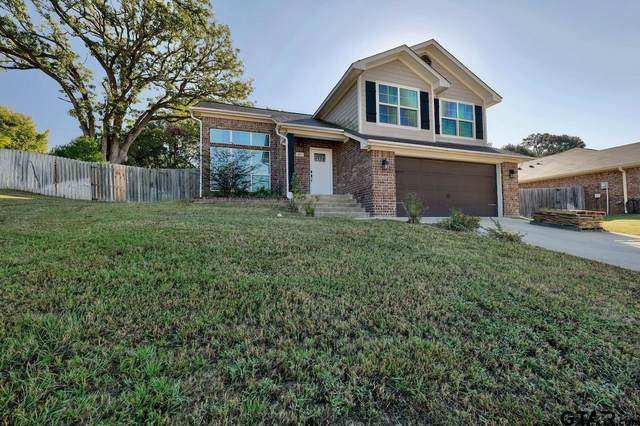 411 Mission Crest Cir, Lindale, TX 75771 (MLS #10141922) :: Dee Martin Realty Group
