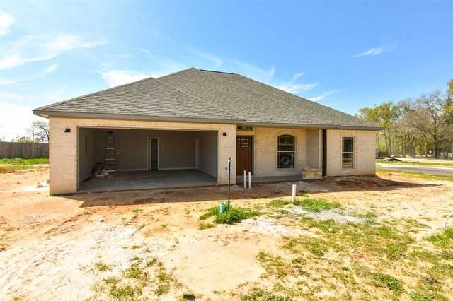 202 Nolan Farms, Winona, TX 75792 (MLS #10132465) :: RE/MAX Professionals - The Burks Team