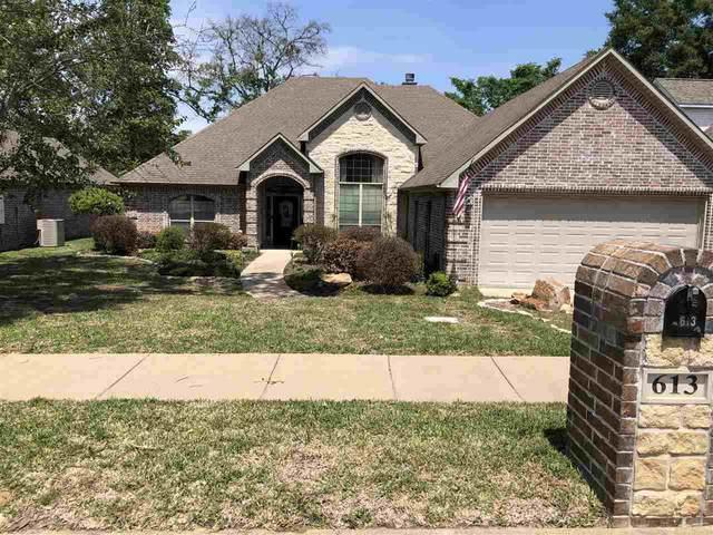 613 Huntwick, Tyler, TX 75703 (MLS #10133781) :: Wood Real Estate Group