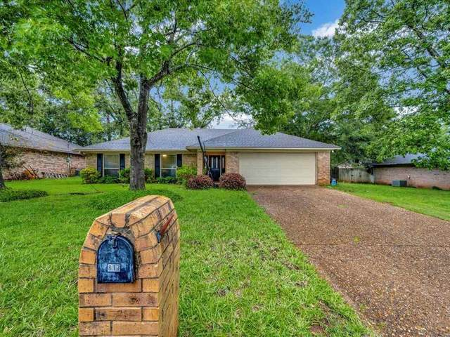 817 Peggy Dr, Whitehouse, TX 75791 (MLS #10135187) :: The Edwards Team