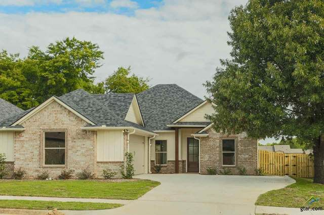 736 Abbey Rd, Lindale, TX 75771 (MLS #10122170) :: The Wampler Wolf Team