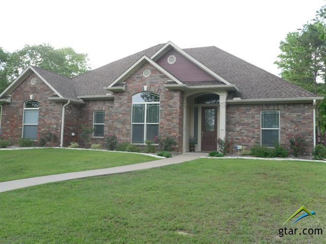 136 Teal Lane, Gilmer, TX 75645 (MLS #10080535) :: RE/MAX Professionals - The Burks Team