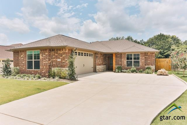 712 Abbey, Lindale, TX 75771 (MLS #10082975) :: RE/MAX Impact