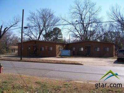 581 Canada St., Jacksonville, TX 75766 (MLS #10085355) :: RE/MAX Professionals - The Burks Team