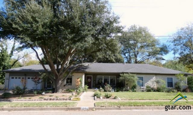 1304 Augusta Avenue, Tyler, TX 75701 (MLS #10088663) :: The Rose City Team