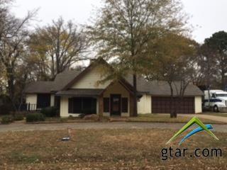 211 Texas Dr, Hideaway, TX 75771 (MLS #10089364) :: RE/MAX Professionals - The Burks Team