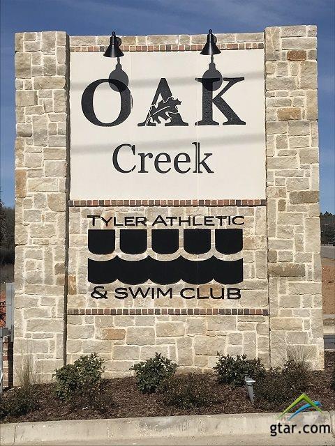 2516 Barton Creek Cr, Tyler, TX 75703 (MLS #10090950) :: RE/MAX Professionals - The Burks Team