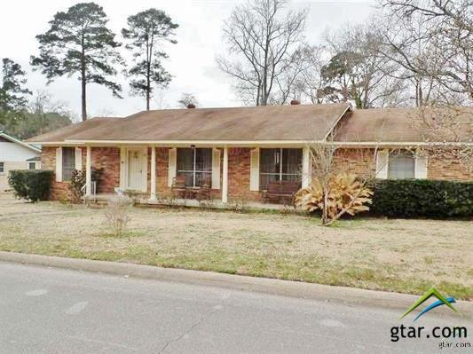 407 Angelina St., Jacksonville, TX 75766 (MLS #10091208) :: RE/MAX Professionals - The Burks Team