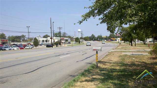 315 S Sh-37, Mt Vernon, TX 75457 (MLS #10092383) :: The Wampler Wolf Team