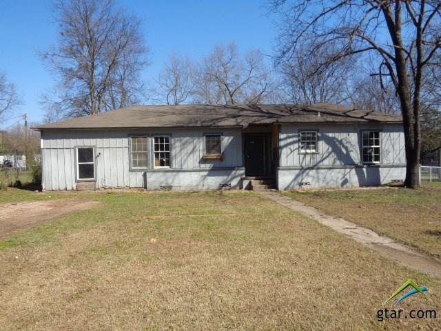 311 Dogwood Ln, Mt Pleasant, TX 75455 (MLS #10093383) :: RE/MAX Professionals - The Burks Team