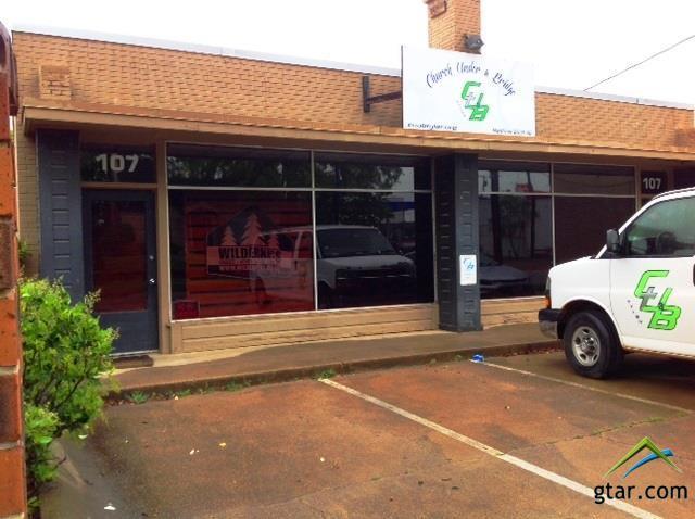 107 W Sixth St., Tyler, TX 75701 (MLS #10093459) :: The Wampler Wolf Team