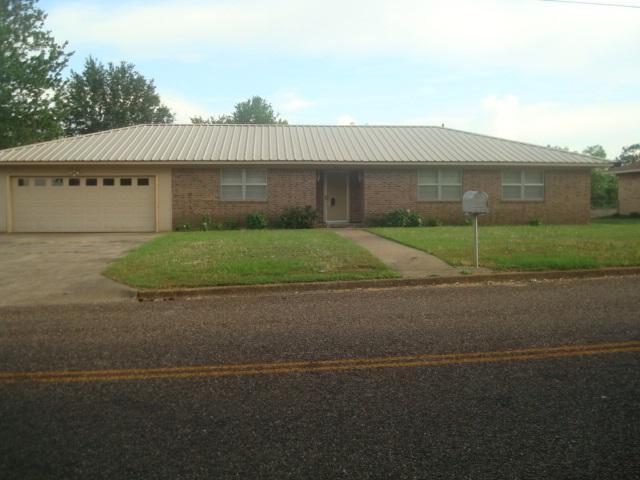 310 E Alexander, Mt Pleasant, TX 75455 (MLS #10095177) :: RE/MAX Professionals - The Burks Team