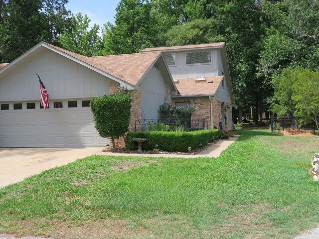 214B Pine Tree, Holly Lake Ranch, TX 75765 (MLS #10096396) :: The Wampler Wolf Team