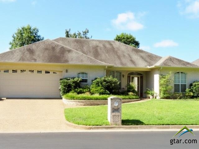 2810 Gloucester Dr., Tyler, TX 75707 (MLS #10096750) :: RE/MAX Professionals - The Burks Team