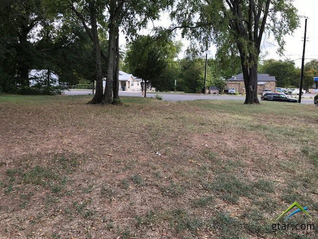 1613 E Front, Tyler, TX 75702 (MLS #10100010) :: RE/MAX Impact