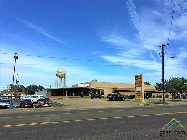 407 E Tyler Street, Athens, TX 75751 (MLS #10101232) :: The Wampler Wolf Team
