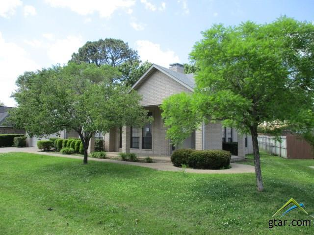 108 Holly Hill Lane, Bullard, TX 75757 (MLS #10108508) :: RE/MAX Impact
