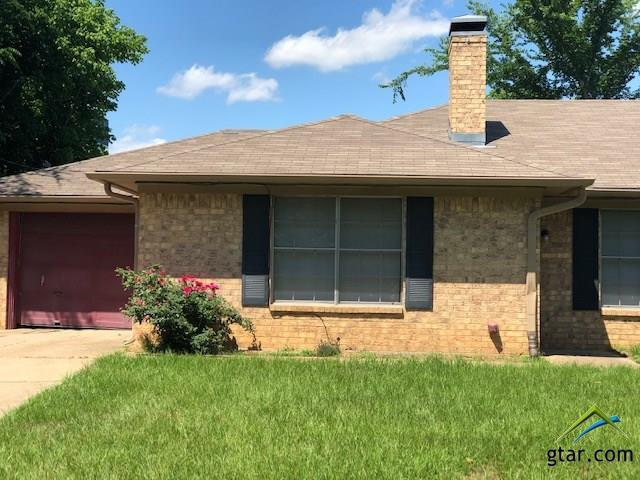 11047 Marcella, Tyler, TX 75704 (MLS #10109712) :: RE/MAX Professionals - The Burks Team