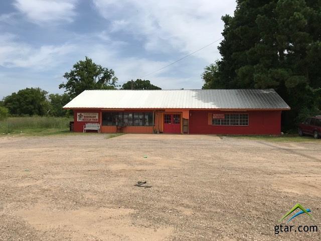 403 NE I-30 Access Rodad, Mt Vernon, TX 75457 (MLS #10110671) :: The Wampler Wolf Team