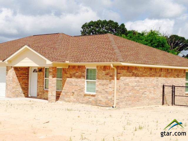 204 Timber Park #A, Lindale, TX 75771 (MLS #10115241) :: The Wampler Wolf Team