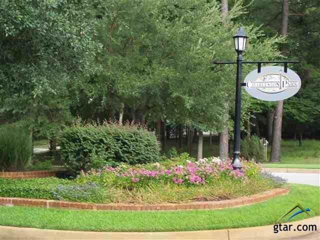 4033 Charleston Park, Tyler, TX 75701 (MLS #10117365) :: RE/MAX Professionals - The Burks Team
