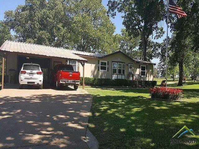 405 Piney Grove Road, Gallatin, TX 75764 (MLS #10123220) :: RE/MAX Professionals - The Burks Team
