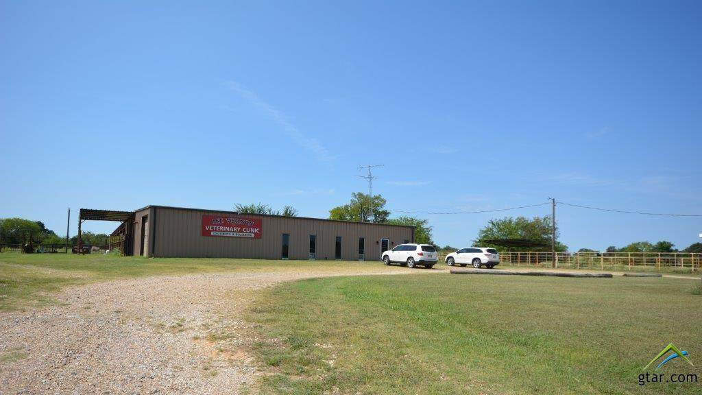 1671 Interstate 30 Service Road - Photo 1