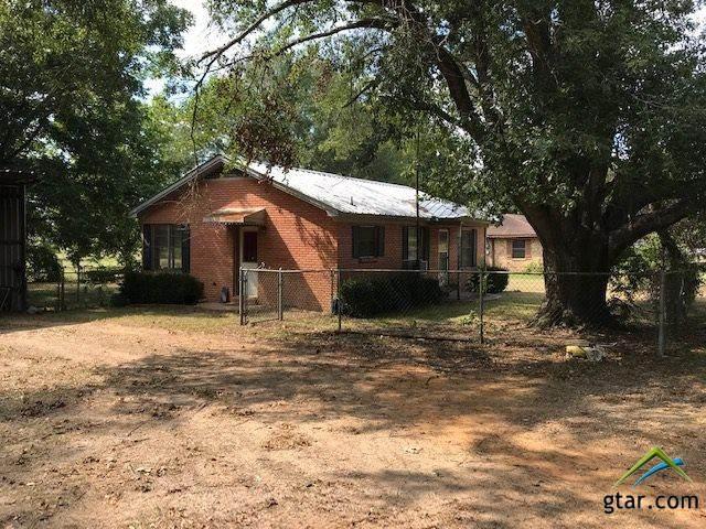 10575 Magnolia Dr, Overton, TX 75684 (MLS #10125969) :: The Wampler Wolf Team