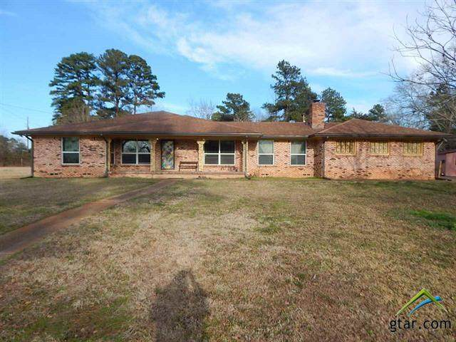 101 Lane Drive, Gladewater, TX 75647 (MLS #10130374) :: Griffin Real Estate Group