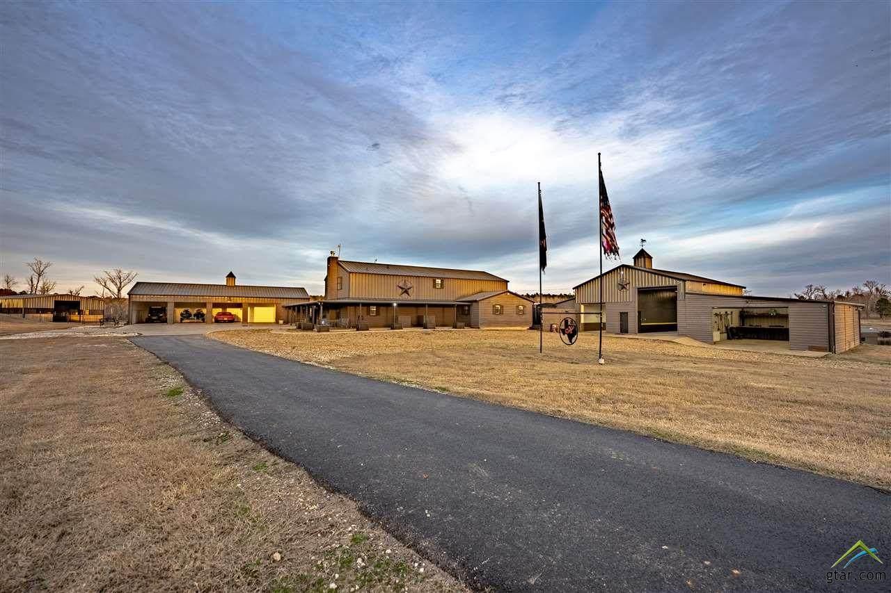 484 County Road 3440 - Photo 1