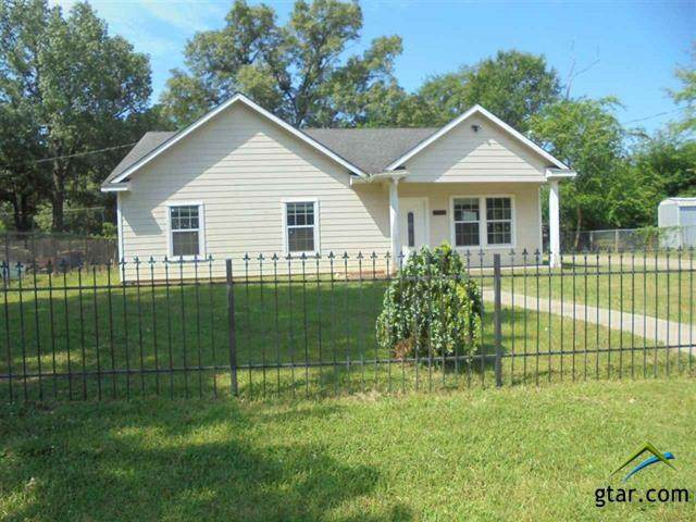 710 Montgomery St, Kilgore, TX 75662 (MLS #10131534) :: The Wampler Wolf Team