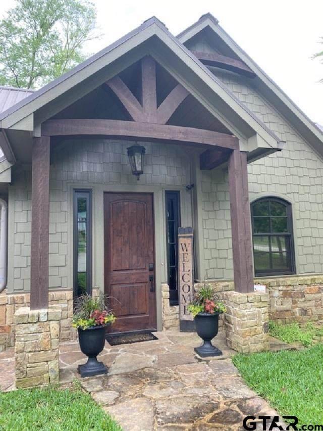 1703 Lake Shore, Jacksonville, TX 75766 (MLS #10134656) :: Griffin Real Estate Group