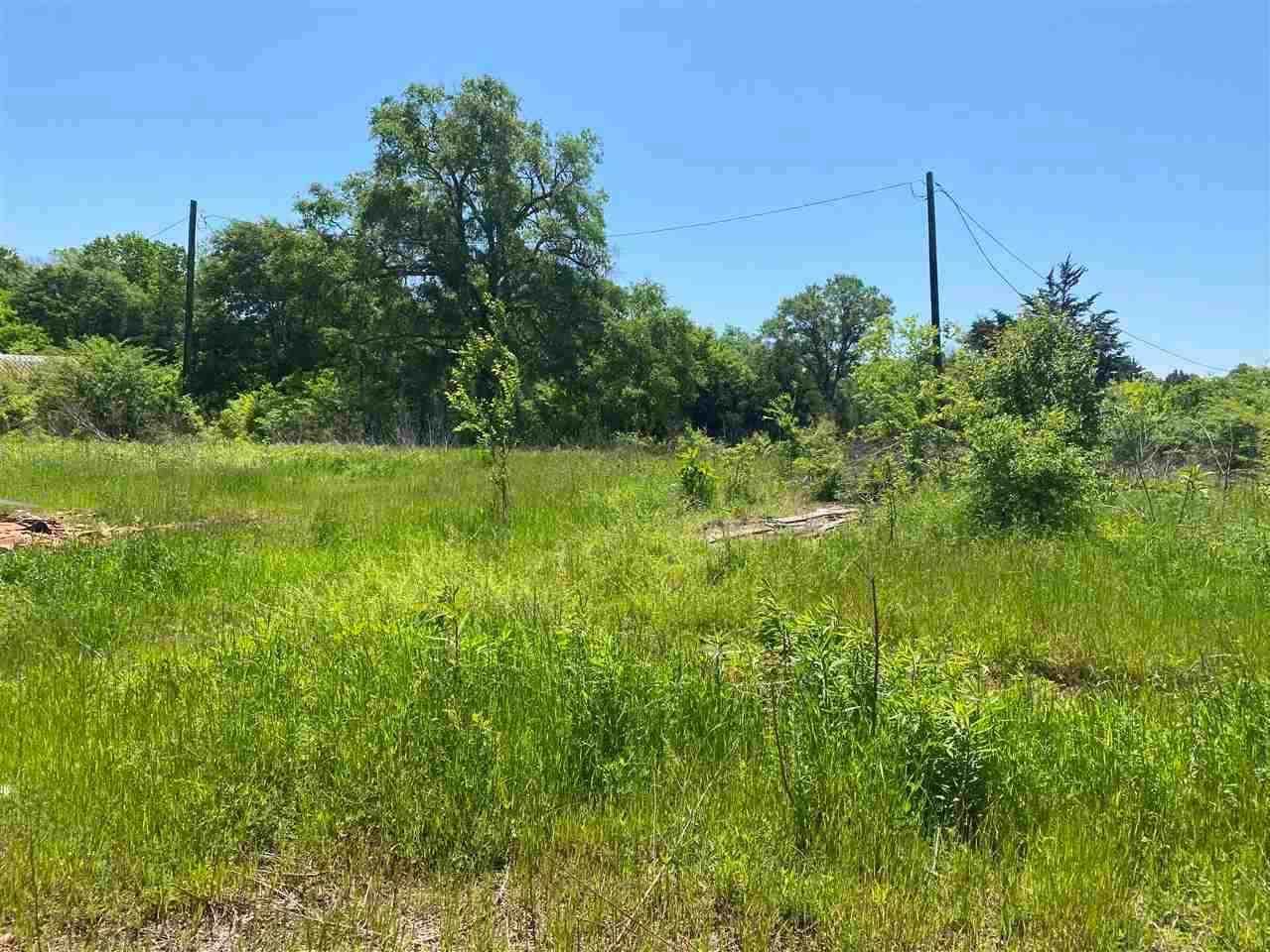 338 County Road 3104 - Photo 1