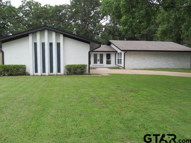 316 Woodcrest, Sulphur Springs, TX 75482 (MLS #10136159) :: Wood Real Estate Group