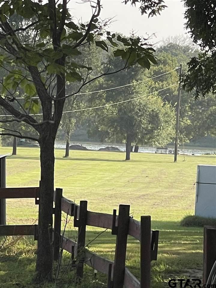 160 Private Road 6904 - Photo 1