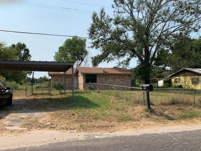 18769 Cr 4116, Lindale, TX 75771 (MLS #10140283) :: Dee Martin Realty Group