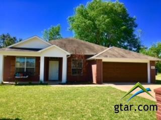 1108 Candice Dr., Whitehouse, TX 75791 (MLS #10092372) :: RE/MAX Professionals - The Burks Team